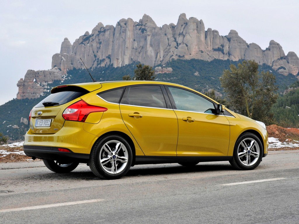 ford_focus_5-door_ecoboost_5-1024x768